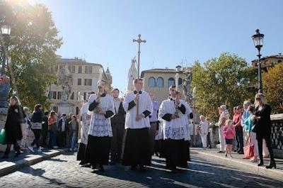 Risultati immagini per pellegrinaggio summorum pontificum