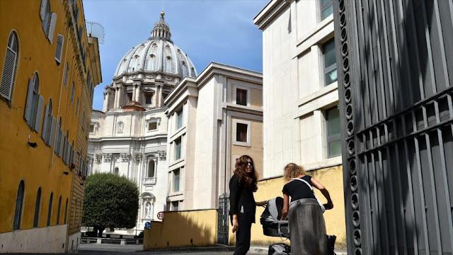 """""""Nueva inquisición"""": Fiscalía del Vaticano pide prisión por revelar secretos del Vaticano"""