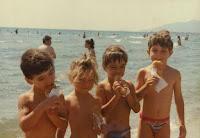 Να μπει το παιδί στην θάλασσα μετά το φαγητό; Ποια είναι η αλήθεια