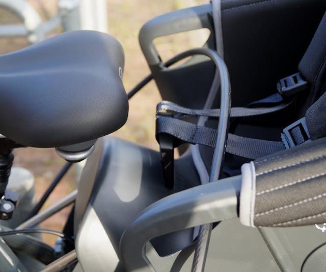 Mit einem sicheren Gefühl unterwegs: Die Fahrradschlösser von Squire. Wir kombinieren of ein Schlaufenkabel mit einem Bügelschloss, um mehrere Fahrräder auf einmal anschließen zu können. Auch den Kinder-Fahrradsitz!