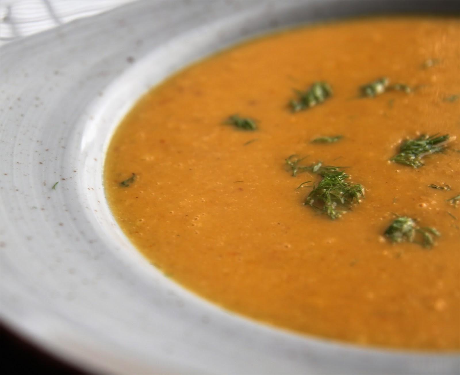 Zupa z pieczonej dyni z pomarańczami i fenkułem