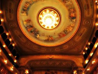 Lustre sobre a Plateia do Teatro Colón, Buenos Aires