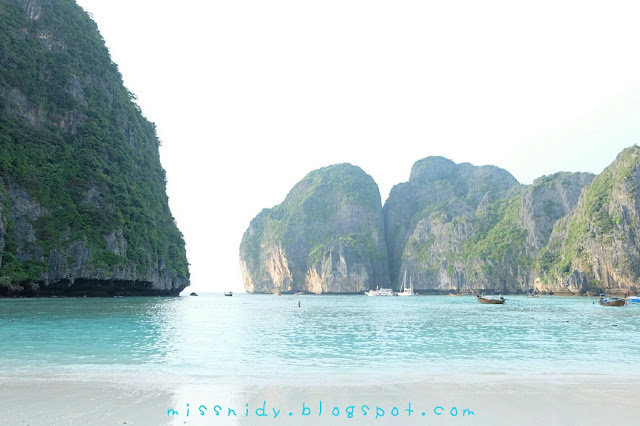 tips how to avoid crowd in phiphi island