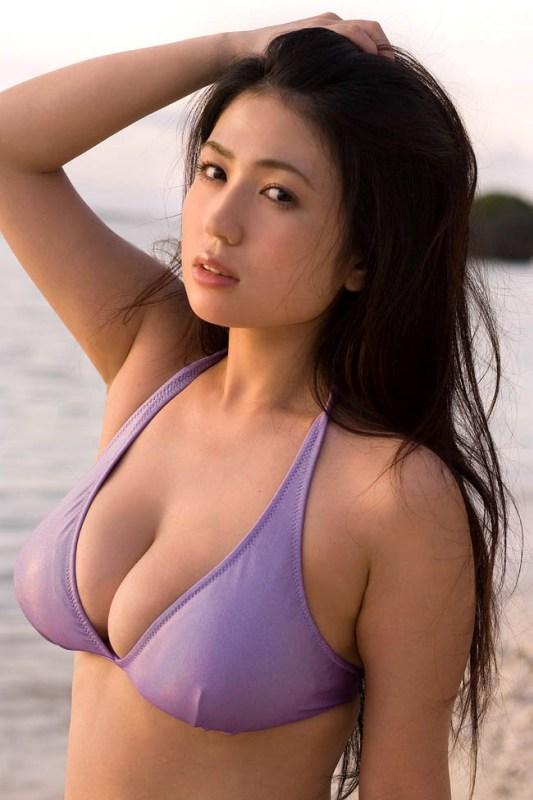 Sexiest Busty 2