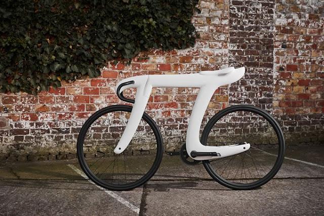 円周率が自転車に?πの形をしたおしゃれなロードバイク【i】