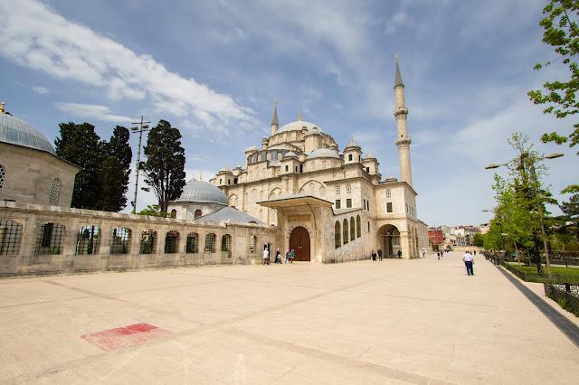 Fatih Camii (Moschea di Fatih o del Conquistatore)-Istanbul