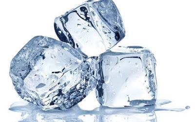 Kegunaan es batu untuk menghilangkan jerawat
