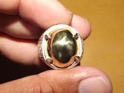 Cerita Tentang Batu Badar Emas