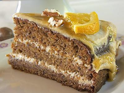 Pekannuss-Torte mit Ricotta-Creme und Orangenkaramell
