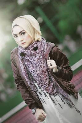 Foto Cewek Model  hijab 4 segi Foto Cewek Model  hijab segi 4 terbaru