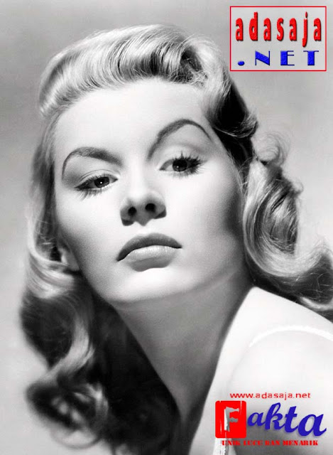 barbara payton seorang aktris hollywood yang menjadi psk