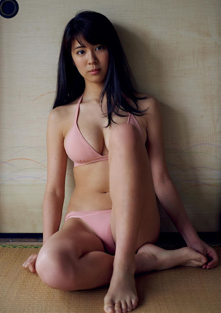 澤北るな Sawakita Runa Weekly Playboy May 2017 Images