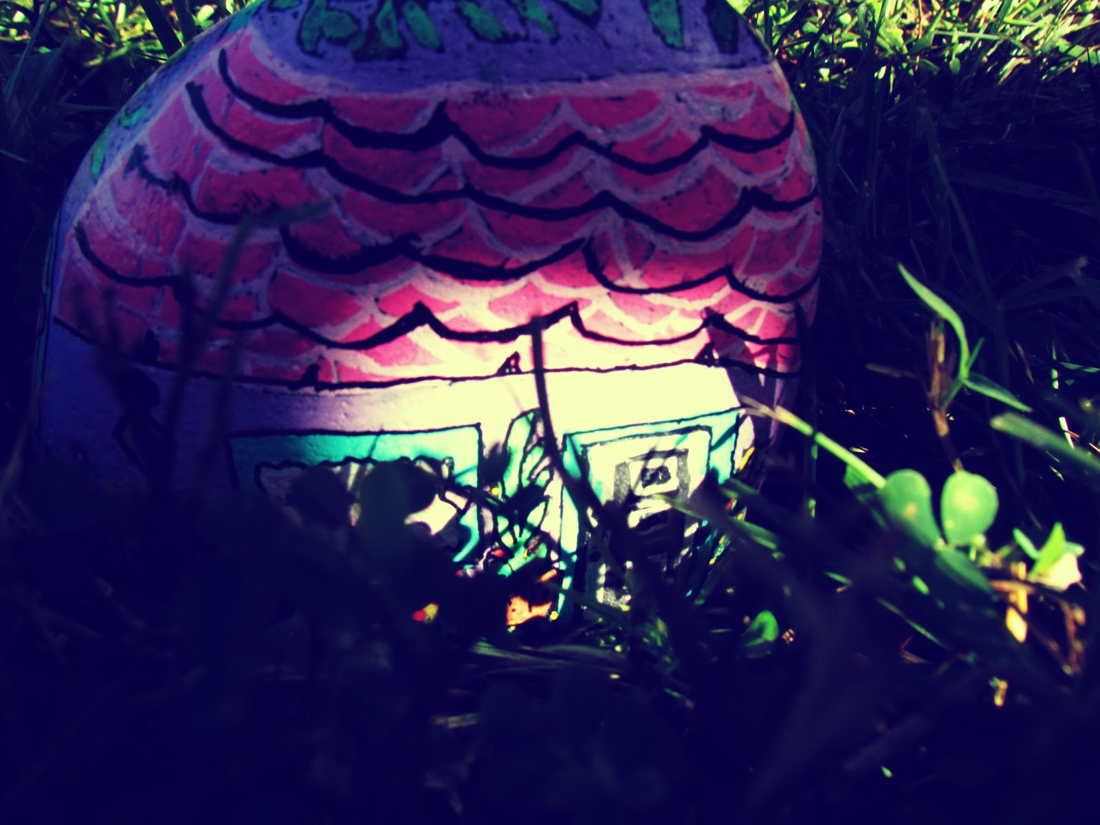 Seaside Living Fishing Village Cute Pink Fairy House