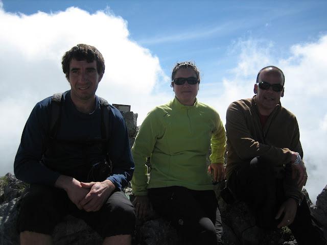 Rutas Montaña Asturias: Foto de cima en el Primer Castillín