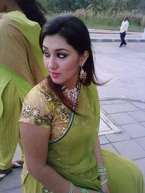 Apu Biswas Latest Picture, Images, Photo 2015  Box Office -5826