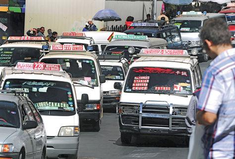 La Paz: El retiro de gremiales de vías no solucionará el tráfico