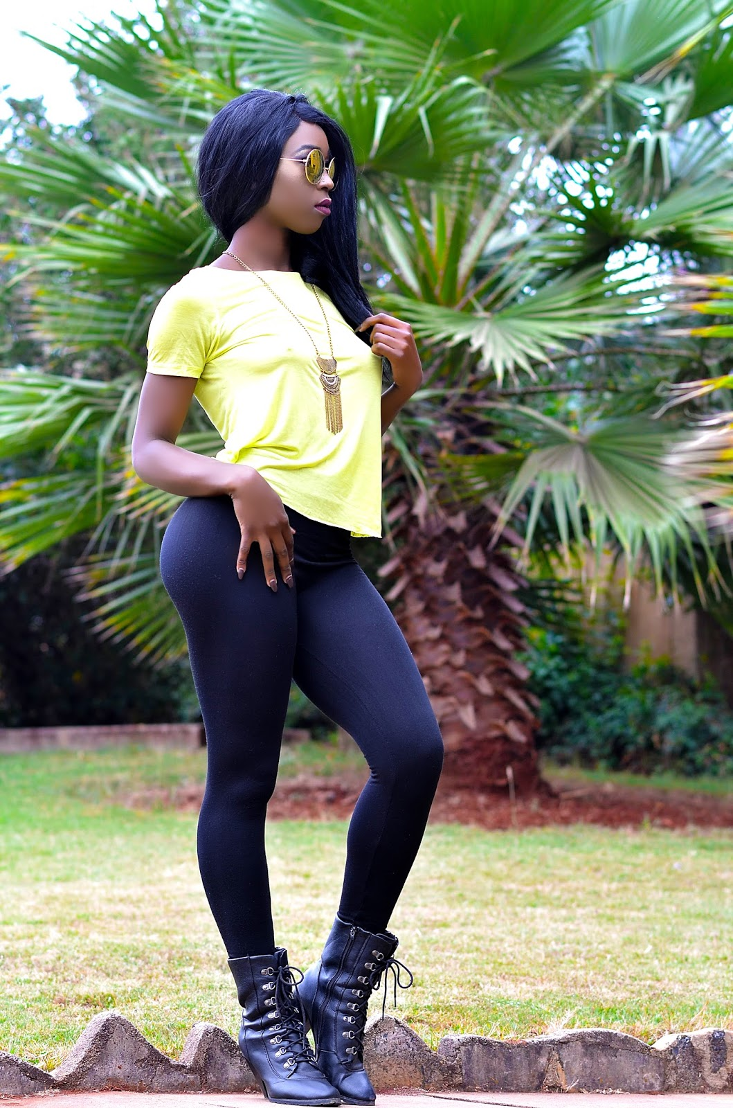 why i wear tights, how to wear tights, tights, style with Ezil, Ezil, Kenyan fashion blogger