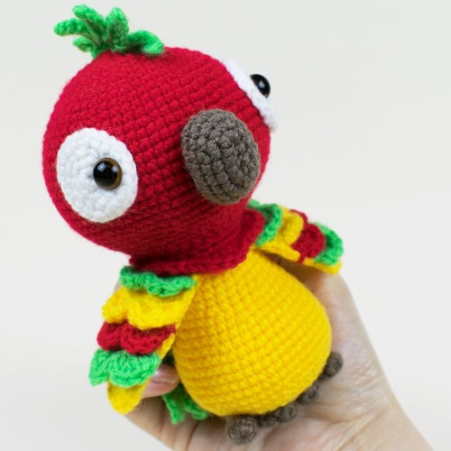 Pedro The Parrot - Free Pattern