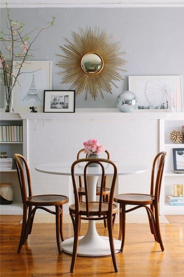 decorar con mesa tulip sillas thonet