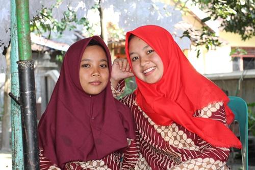 Sebagai seorang yang tinggal di desa di Propinsi Jawa Tengah tepatnya di Kabupaten Klaten uniknya tradisi sinoman sebagai salah satu budaya bangsa