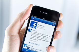 La app de facebook o mejor vía web