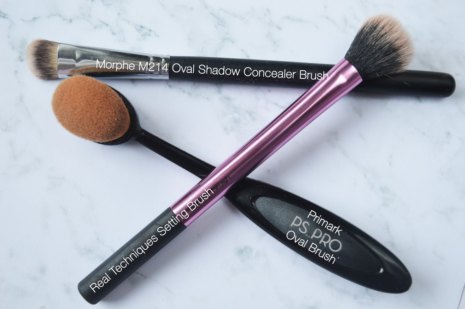 £3 Highlighters MUA Undress Your Skin Shimmer Beauty Review Morphe M214 Real Techniques Setting Brush PS Pro Oval Brush