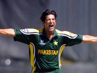 Top 10 Bowlers With Most Wickets In ODI Cricket