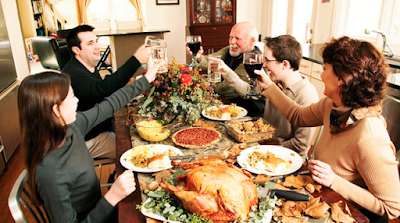 Simple Ways to Avoid Conflict & Enjoy Thanksgiving With Your Family