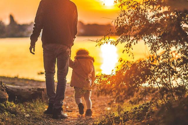 sunset, father and daughter, silhoutte, sunset, hamba Allah, benarkah kita hamba Allah,