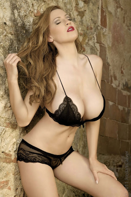 hot-Jordan-Carver-Last-Night-sexy-photoshoot-HD-Image-21