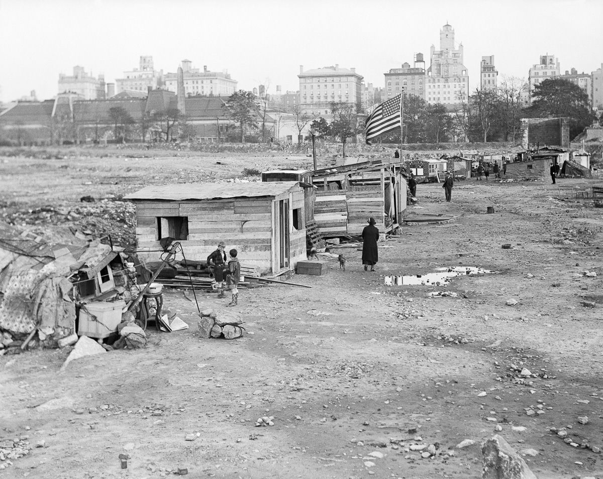 10 facts on the great depression Great depression facts present the information about one of the gloomiest eras in  us the era occurred when the president of us was herbert.
