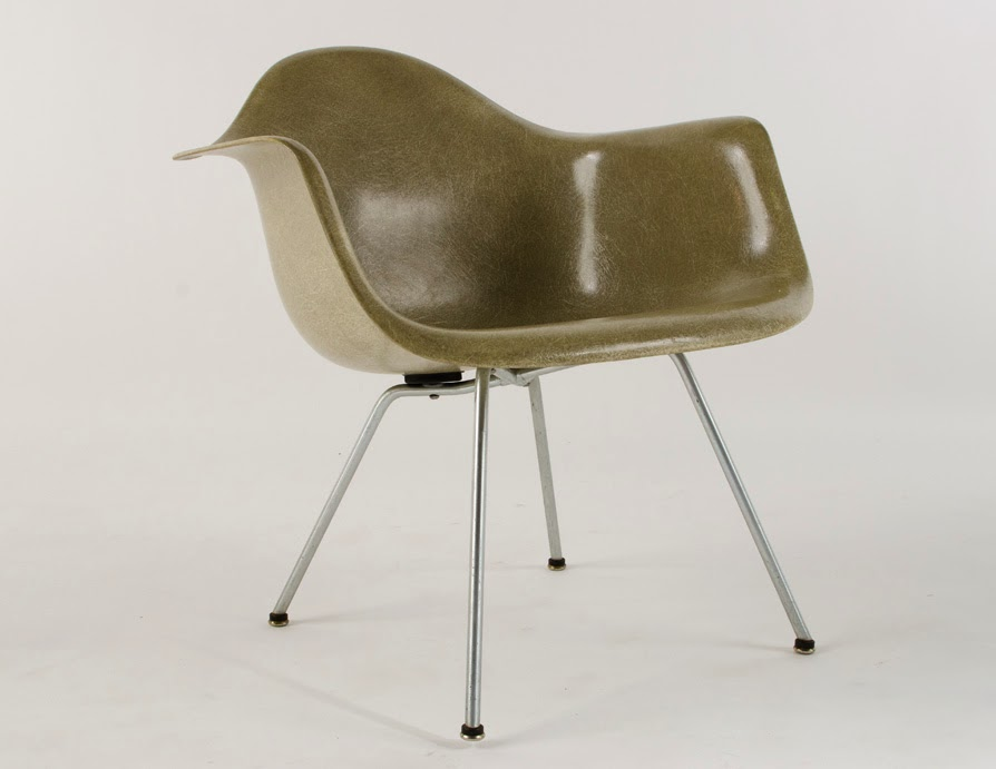 just in modern charles eames zenith lax lounge chair 1950. Black Bedroom Furniture Sets. Home Design Ideas