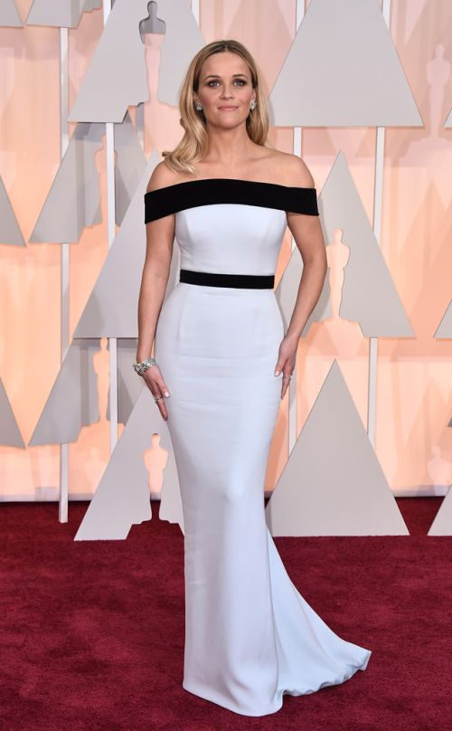 Reese Witherspoon in Tom Ford at the Academy Awards 2015