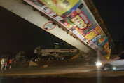 Bridge collapse hit by a truck trailer, 2 BSD toll lanes closed
