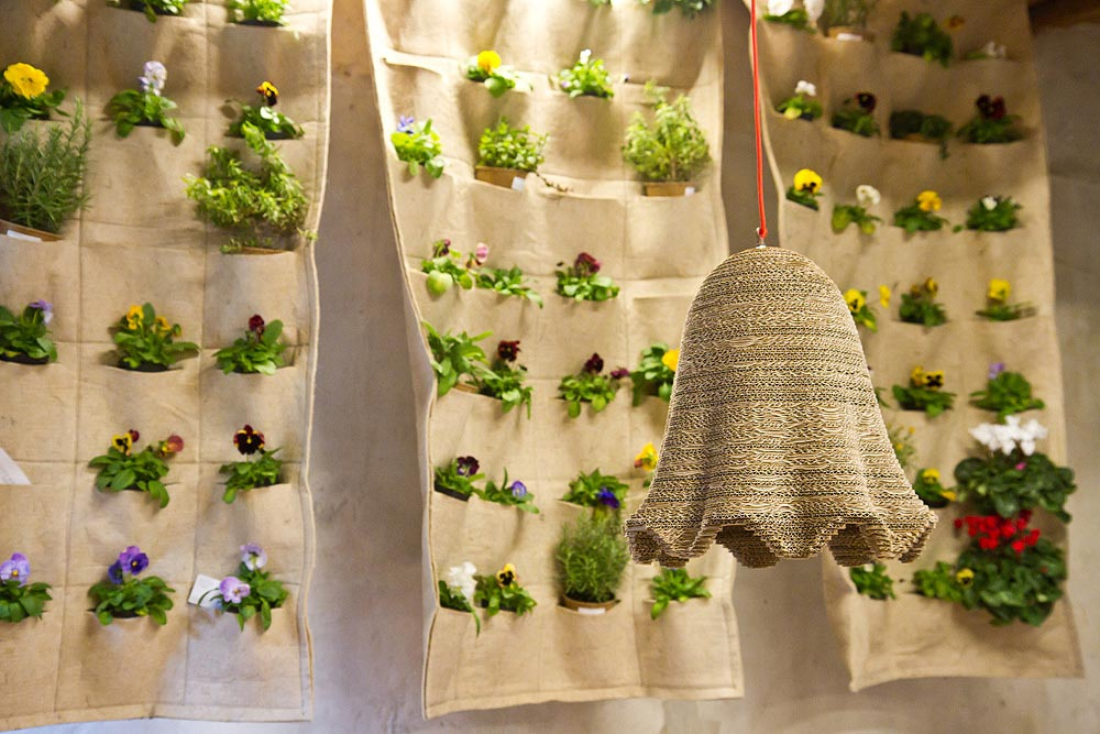 Best DIY Indoor Garden Decoration Ideas. Indoor Vertical Garden