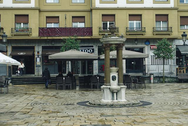 ミゲル・デ・ウナムーノ広場(PL.Miguel de Unamuno)