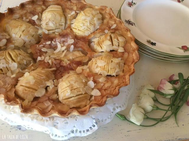 tartas-con-manzanas-y-almendras-laminadas