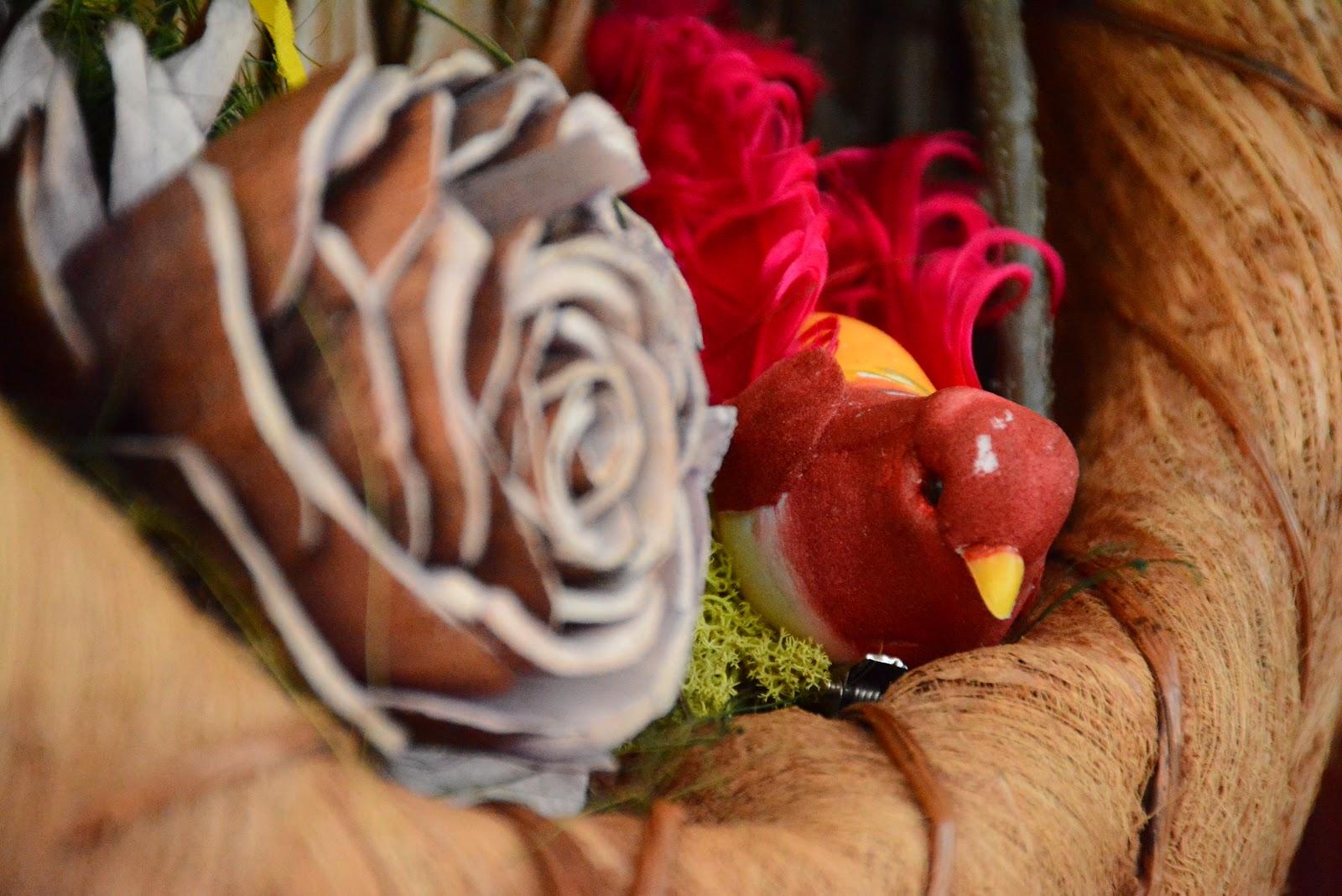 Easy and Frugal DIY Wreath