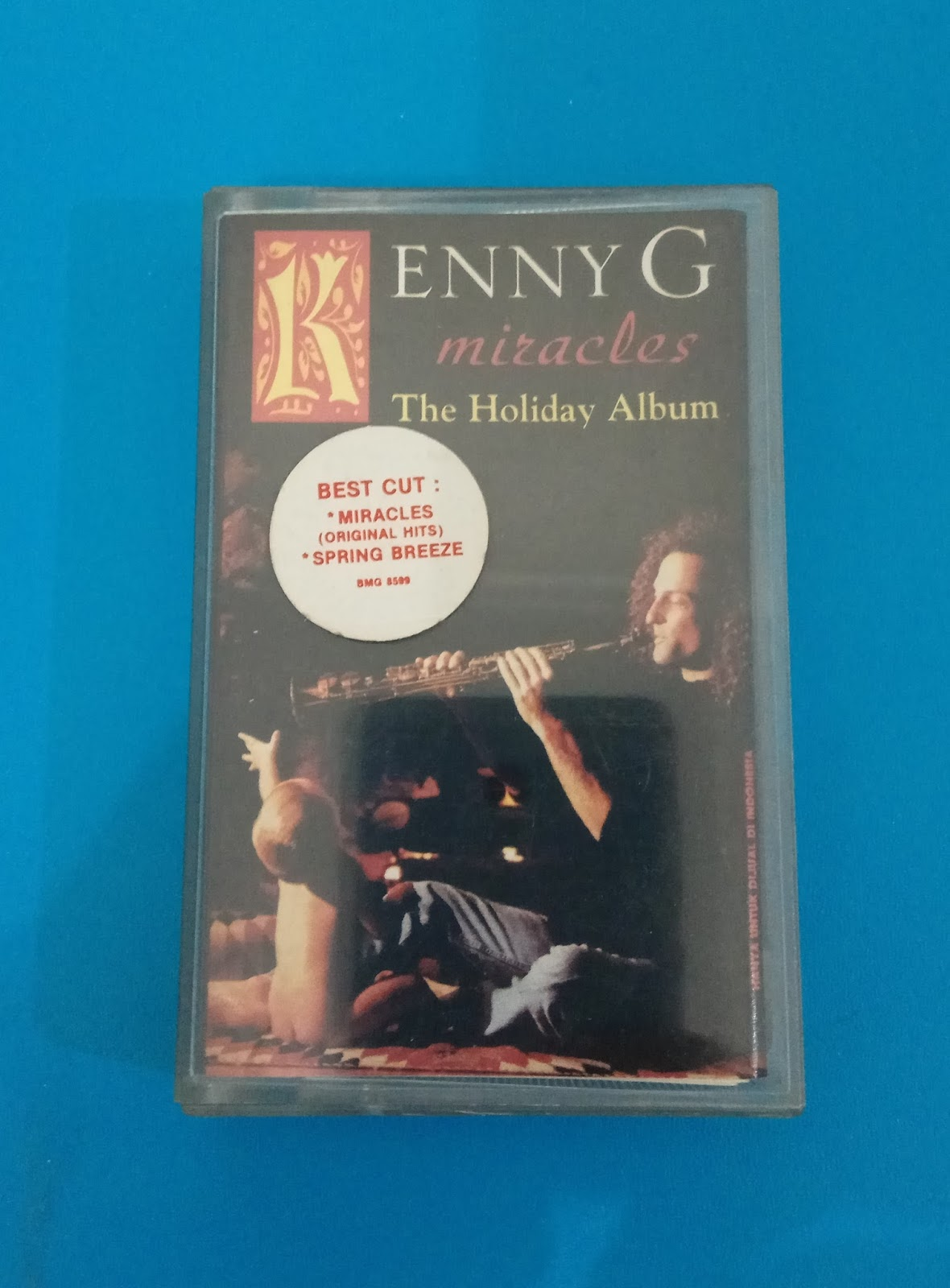 Old Music Cassette: Miracles by Kenny G (The Holiday Album - 1994)