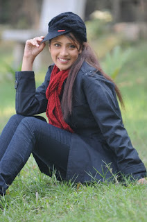 Bidya Sinha Saha Mim Smile Winter Season Photos In Park