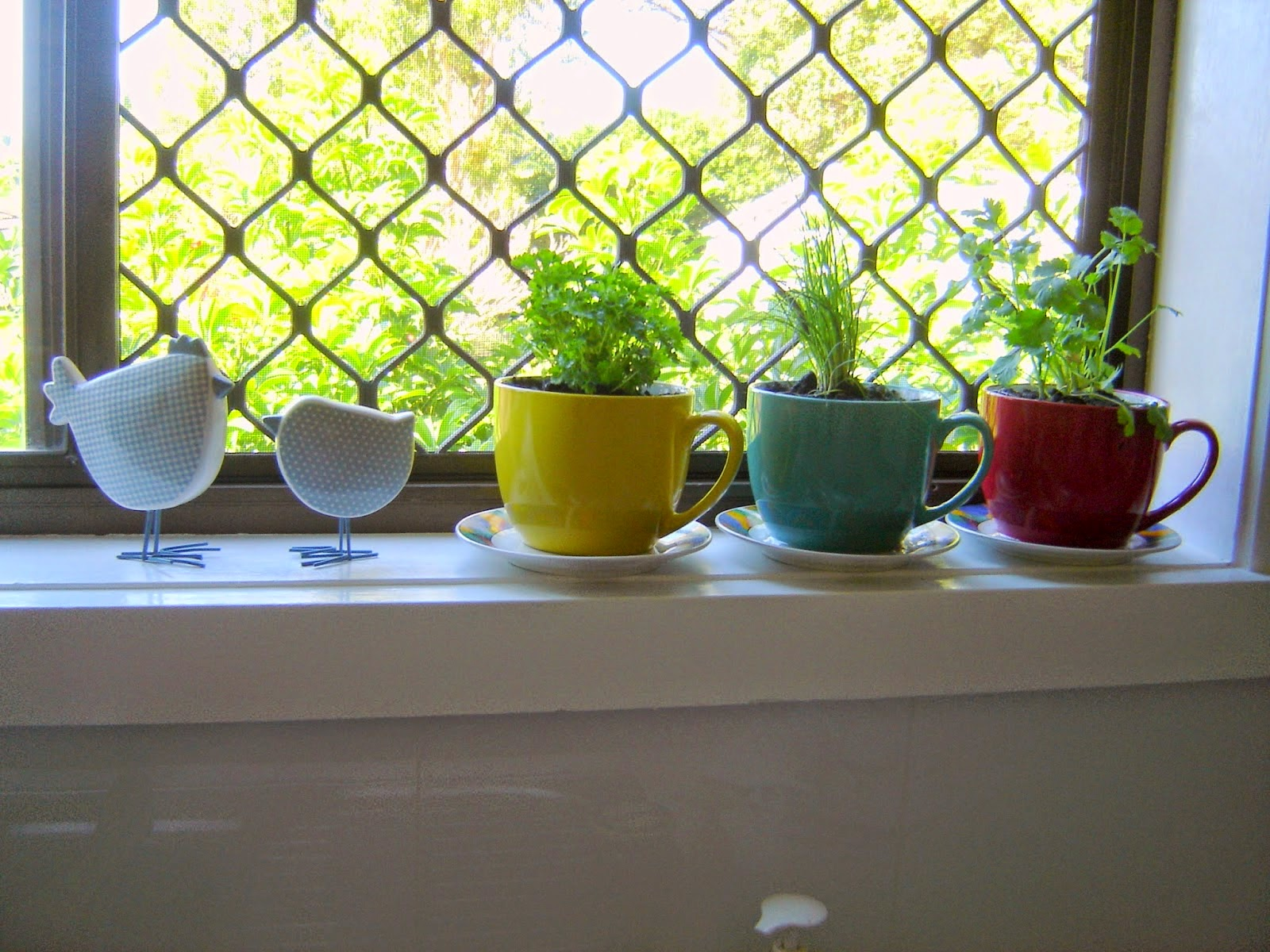 http://nannynotes2u.blogspot.com.au/2014/08/nannys-herbs-in-window.html