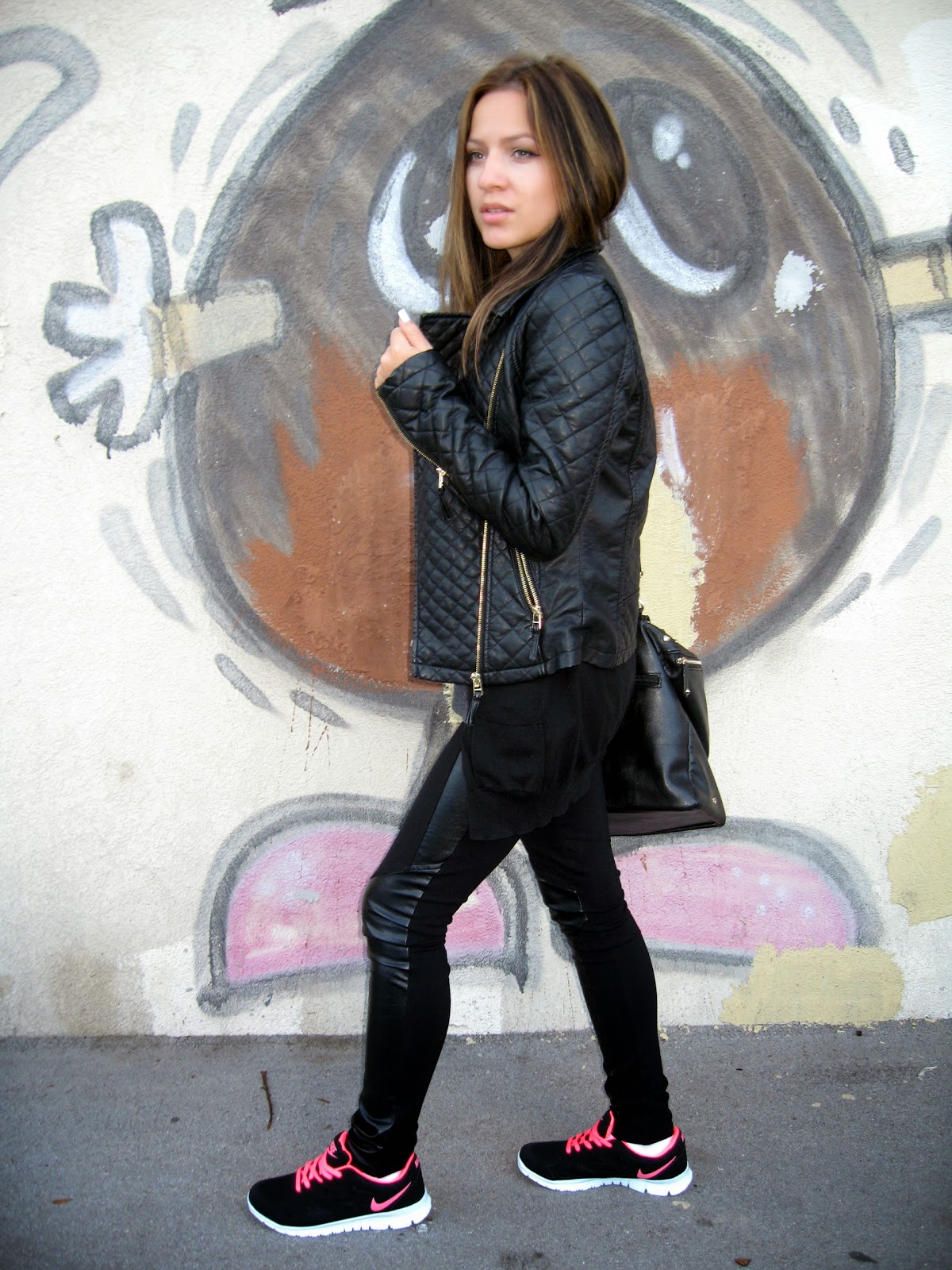 outfit, black faux leather jacket, black faux leather leggings, c&a black pu faux leather jacket, carpisa black studded bag, nike free run black and pink