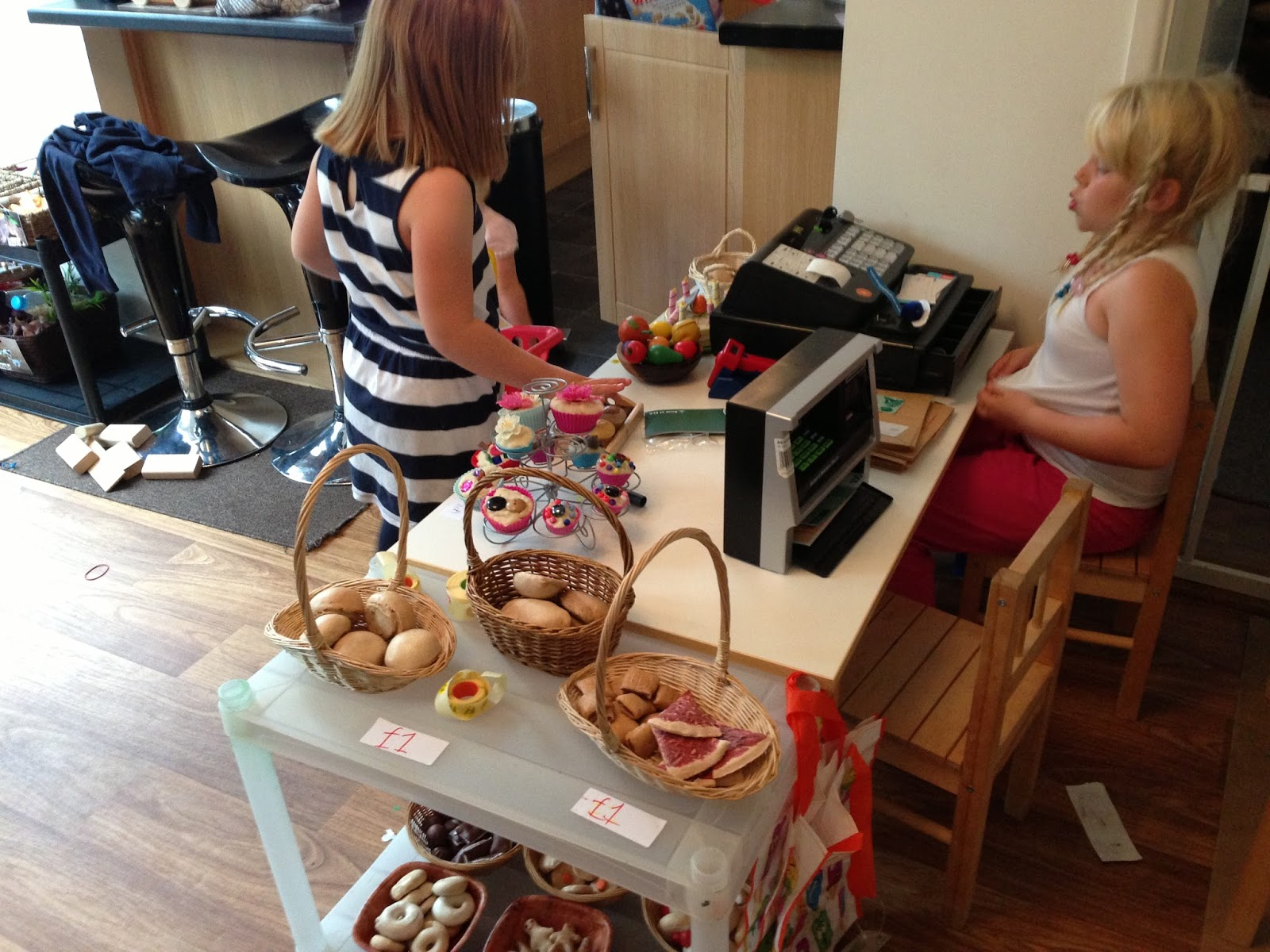 Bakery role-play   Pre-school Play