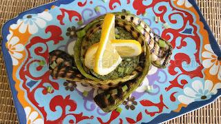 Гриловани тиквички с магданозено песто - рецепта