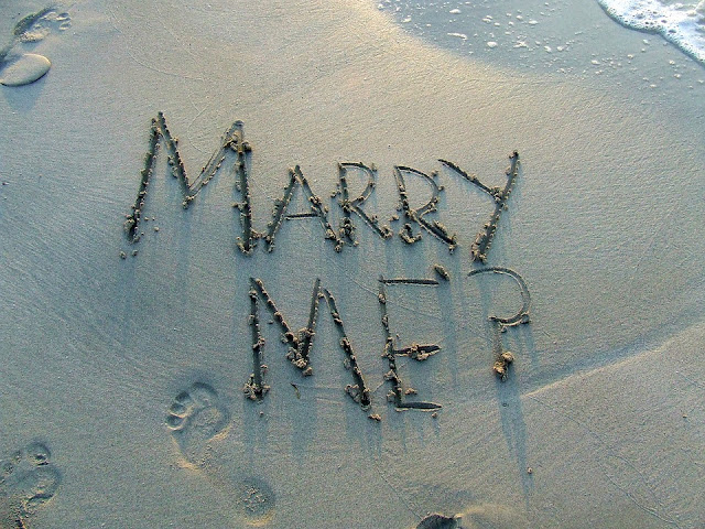 The Do's and Don'ts of a Marriage Proposal