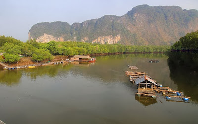 Road travel to Ao Luk