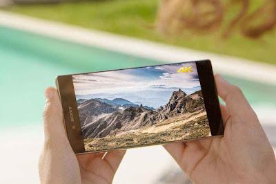 Smartphone Z5 Premium Layar Tertajam di dunia
