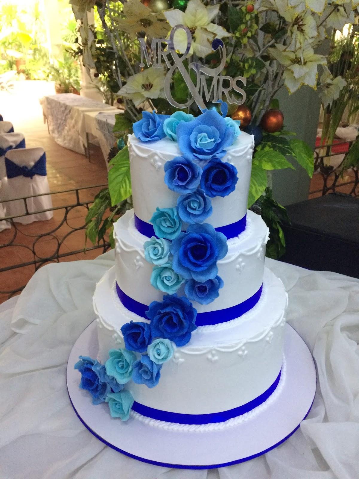 First Fondant Cake Jnyj J Nee J Cakes