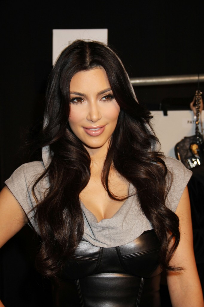 kim kardashian s new hair style hairstyle trends 2013 3432 | Actress Kim Kardashian Latest Hairstyle Trends 2013 1