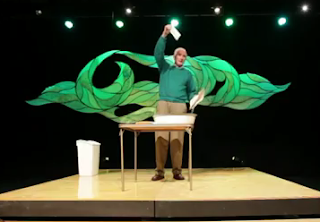 In one of the shortest TEDx talks I have ever seen,  Joe Smith who is a former attorney in Oregon, gives a super easy tip on how to be green by using just one paper towel.